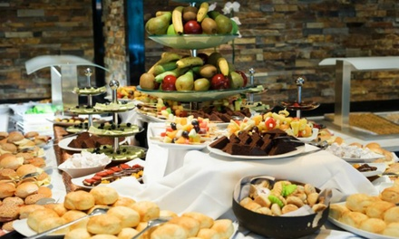 Nieuw West: onbeperkt high tea buffet bij Corendon Vitality Hotel Amsterdam